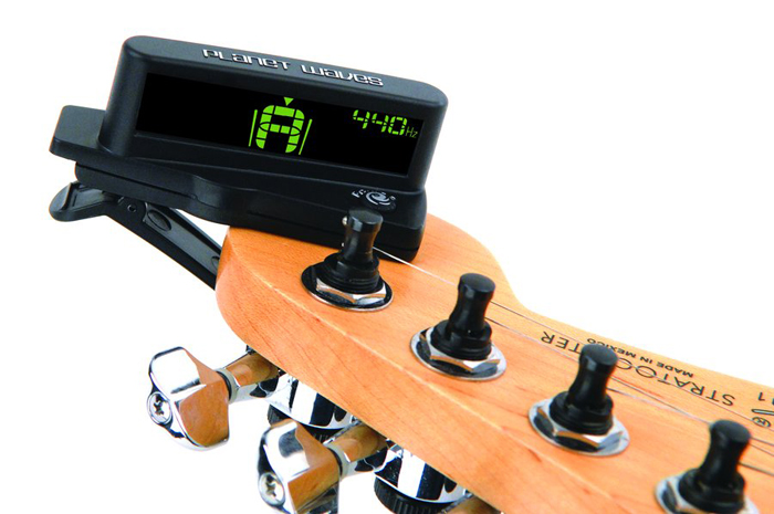 тюнер для настройки гитары